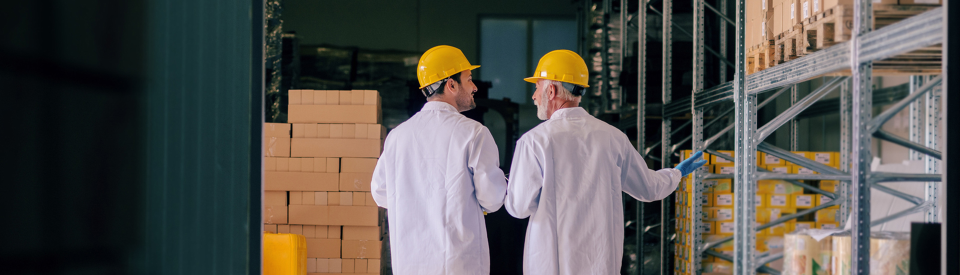 10 Tactics to Build a Manufacturing Careers Landing Page That Performs